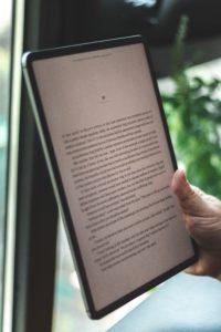 Melhores aplicativos para baixar e ler livros no celular em 2021?